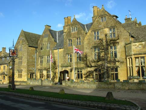 Facade of the Lygon Arms Hotel Broadway