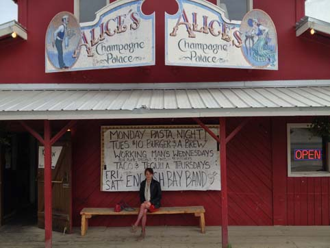 Picture of Alice's Champagne Palace Homer Alaska
