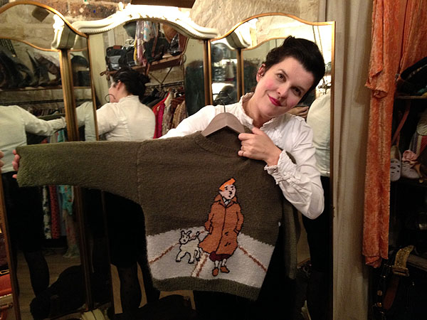 Tara with a Tin Tin sweater in the boutique Ninon Retro in Paris