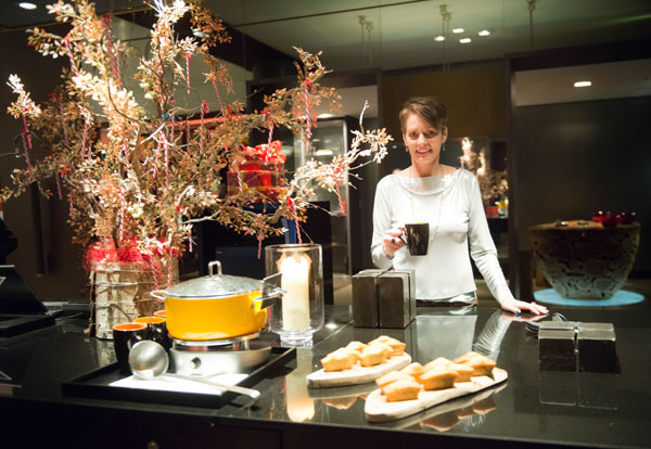 Alice & Co with mulled wine at the Andaz Hotel Liverpool St. London